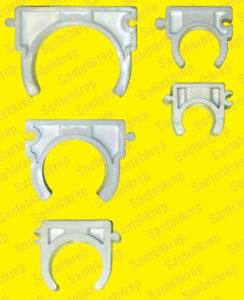Клипса для металлопластика и полипропилена (с боковыми ушками, широкая) 40 мм.      100 шт. в упаковке - фото 5005